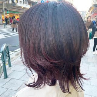 ウルフカット バイオレットアッシュ ミディアム ピンクバイオレット ヘアスタイルや髪型の写真・画像