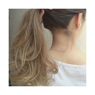 アッシュベージュ アッシュ ハイライト グラデーションカラー ヘアスタイルや髪型の写真・画像