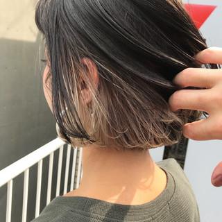 グレージュ ボブ ベージュ デート ヘアスタイルや髪型の写真・画像
