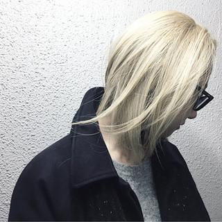 アッシュ ブリーチ ストリート ダブルカラー ヘアスタイルや髪型の写真・画像