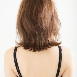 ボブ ロブ ミディアム 外ハネ ヘアスタイルや髪型の写真・画像