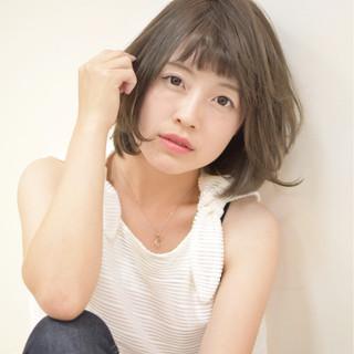 外国人風 ガーリー アッシュ 色気 ヘアスタイルや髪型の写真・画像