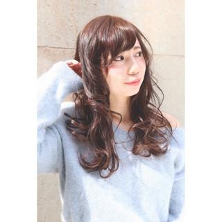 春 ガーリー アッシュ ふわふわ ヘアスタイルや髪型の写真・画像