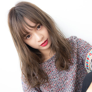 アンニュイほつれヘア 大人かわいい ナチュラル ヘアアレンジ ヘアスタイルや髪型の写真・画像