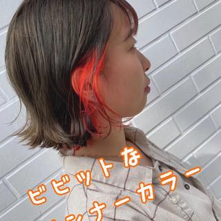 ショートボブ インナーカラー ボブ ガーリー ヘアスタイルや髪型の写真・画像