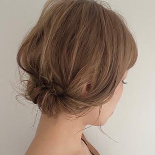 簡単ヘアアレンジ アップスタイル ヘアアレンジ ねじり ヘアスタイルや髪型の写真・画像