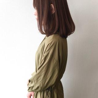 アッシュブラウン 大人女子 セミロング 大人ヘアスタイル ヘアスタイルや髪型の写真・画像