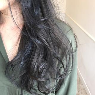 ロング 暗髪 秋 ナチュラル ヘアスタイルや髪型の写真・画像