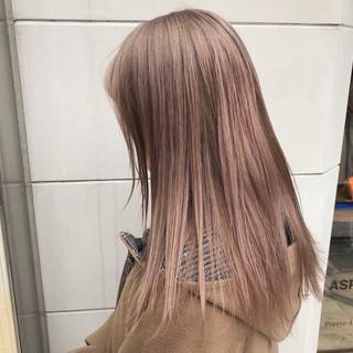 ハイトーン ハイトーンカラー ベージュ ミルクティーベージュ ヘアスタイルや髪型の写真・画像