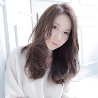 上品 ベージュ 大人かわいい 外国人風 ヘアスタイルや髪型の写真・画像