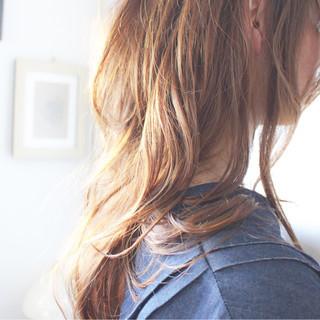 ベージュ ナチュラル ロング ブラウンベージュ ヘアスタイルや髪型の写真・画像