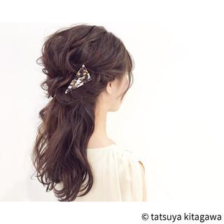 ポニーテール フェミニン 花嫁 ヘアアレンジ ヘアスタイルや髪型の写真・画像