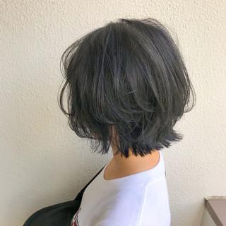 ボブ 切りっぱなし インナーカラー グラデーションカラー ヘアスタイルや髪型の写真・画像