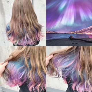 ストリート ロング ハイトーン インナーカラー ヘアスタイルや髪型の写真・画像