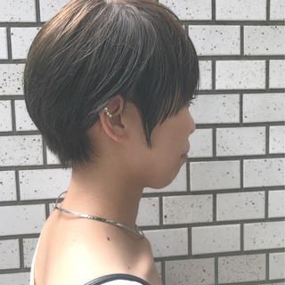 アッシュ ショート 似合わせ 小顔 ヘアスタイルや髪型の写真・画像