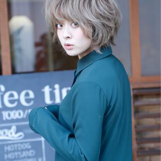 マッシュ 小顔 冬 ナチュラル ヘアスタイルや髪型の写真・画像