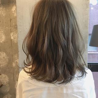 ナチュラル 透明感 オフィス 女子会 ヘアスタイルや髪型の写真・画像