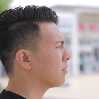 ストリート ボーイッシュ メンズ ショート ヘアスタイルや髪型の写真・画像