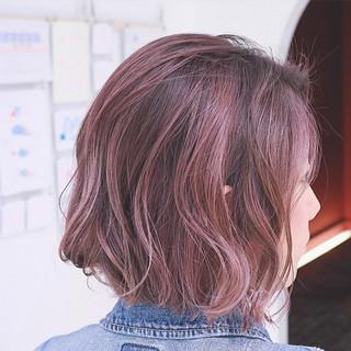 外国人風 ピンク グラデーションカラー ボブ ヘアスタイルや髪型の写真・画像