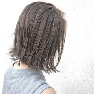透明感 グレージュ 外国人風 アッシュ ヘアスタイルや髪型の写真・画像