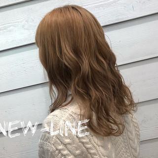 ヘアアレンジ アンニュイほつれヘア デート 外国人風カラー ヘアスタイルや髪型の写真・画像