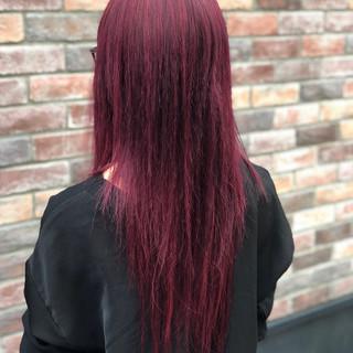 ロング ピンク ストリート ブリーチ ヘアスタイルや髪型の写真・画像