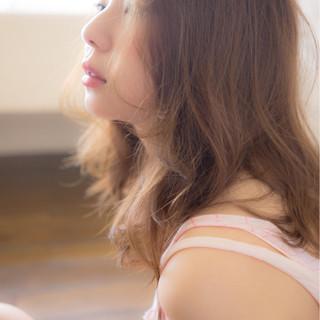 外国人風 ゆるふわ ピュア フェミニン ヘアスタイルや髪型の写真・画像