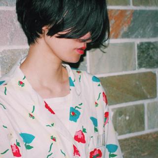 デジタルパーマ モード ウェットヘア 黒髪 ヘアスタイルや髪型の写真・画像