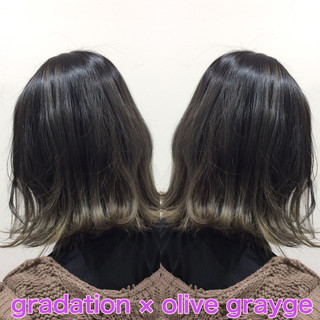 ストリート グラデーションカラー ヘアカラー オリーブグレージュ ヘアスタイルや髪型の写真・画像