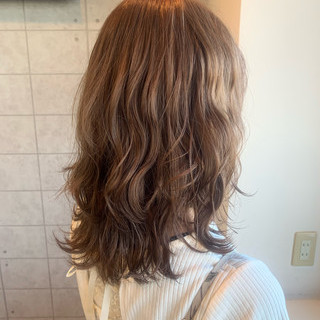 ヌーディーベージュ ブラウンベージュ ミルクティーベージュ ピンクベージュ ヘアスタイルや髪型の写真・画像