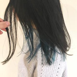 ブルー ネイビー インナーカラー ブルージュ ヘアスタイルや髪型の写真・画像