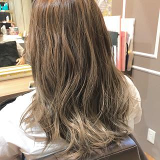 フェミニン ゆるふわ ショート セミロング ヘアスタイルや髪型の写真・画像
