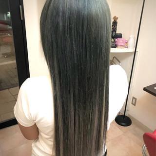 ロング ナチュラル ハイライト ハイトーン ヘアスタイルや髪型の写真・画像