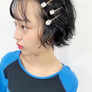 簡単ヘアアレンジ 暗髪 アンニュイほつれヘア シースルーバング ヘアスタイルや髪型の写真・画像