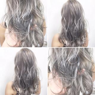 外国人風 ハイトーン シルバー ストリート ヘアスタイルや髪型の写真・画像