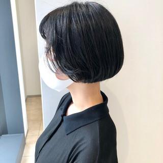 モード ミニボブ 切りっぱなしボブ ショート ヘアスタイルや髪型の写真・画像