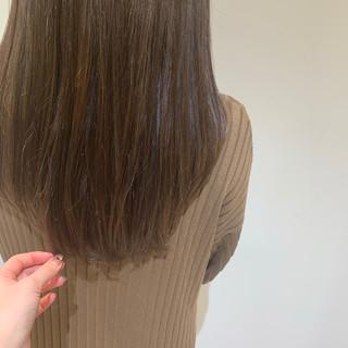 ヌーディーベージュ ロング ベージュ ナチュラルベージュ ヘアスタイルや髪型の写真・画像