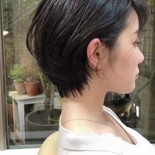 ショート パーマ 黒髪 マッシュショート ヘアスタイルや髪型の写真・画像