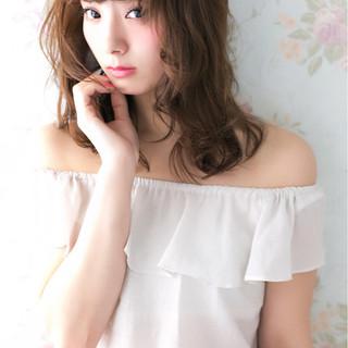 小顔 透明感 大人かわいい セミロング ヘアスタイルや髪型の写真・画像
