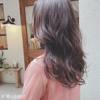 グラデーションカラー ロング ナチュラル ゆるふわ ヘアスタイルや髪型の写真・画像