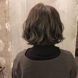 外国人風カラー ヘアアレンジ 涼しげ くすみカラー ヘアスタイルや髪型の写真・画像