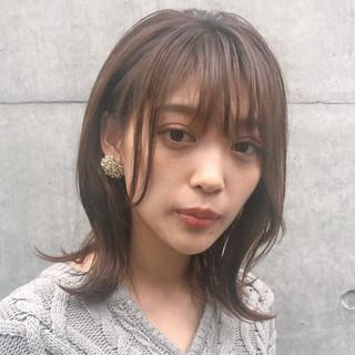 レイヤーカット ミディアム ゆるふわ ナチュラル ヘアスタイルや髪型の写真・画像