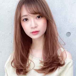 レイヤーロングヘア ロング レイヤーカット 小顔 ヘアスタイルや髪型の写真・画像