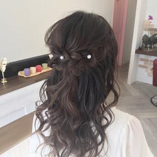 ミディアム フェミニン ハーフアップ ゆるふわ ヘアスタイルや髪型の写真・画像