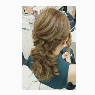 ヘアアレンジ ゆるふわ セミロング フェミニン ヘアスタイルや髪型の写真・画像