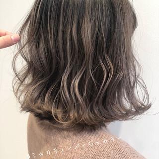 ウルフカット ミニボブ 切りっぱなしボブ ナチュラル ヘアスタイルや髪型の写真・画像