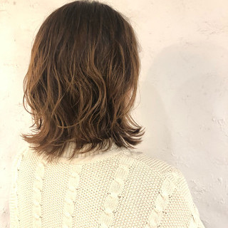 ナチュラルウルフ ニュアンスウルフ ウルフパーマヘア ウルフパーマ ヘアスタイルや髪型の写真・画像