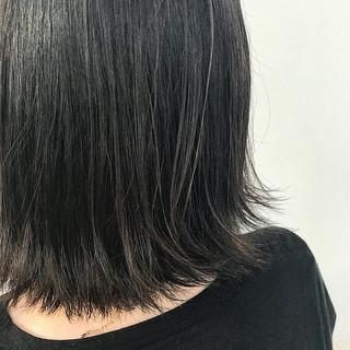 アッシュグレージュ グレージュ モード ハイライト ヘアスタイルや髪型の写真・画像