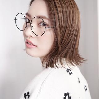 フェミニン こなれ感 アッシュ 小顔 ヘアスタイルや髪型の写真・画像