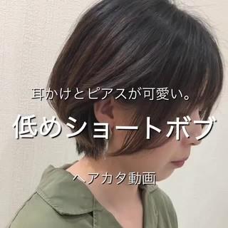 フェミニン ハンサムショート ショートヘア 小顔ショート ヘアスタイルや髪型の写真・画像